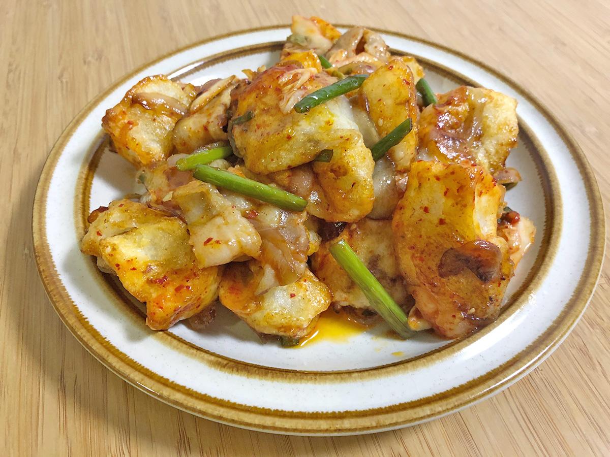 揚げ餅のキムチ炒め